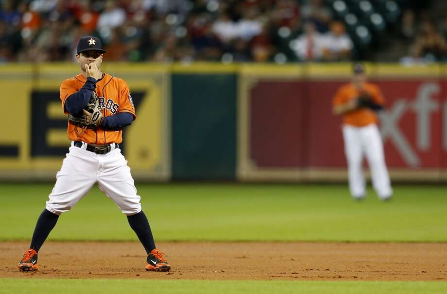 Jose Altuve  during the first inning. Photo: Karen Warren, Houston Chronicle