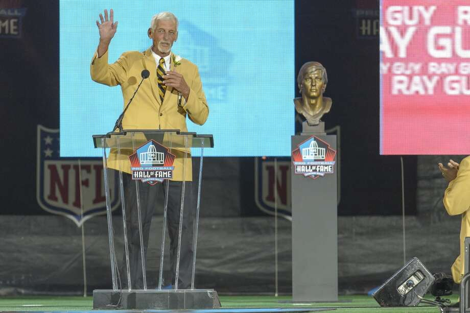 Former NFL punter Ray Guy gives his speech during the NFL Class of 2014 Pro Football Hall of Fame Enshrinement Ceremony at Fawcett Stadium on August 2, 2014 in Canton, Ohio. Photo: Jason Miller, Getty Images
