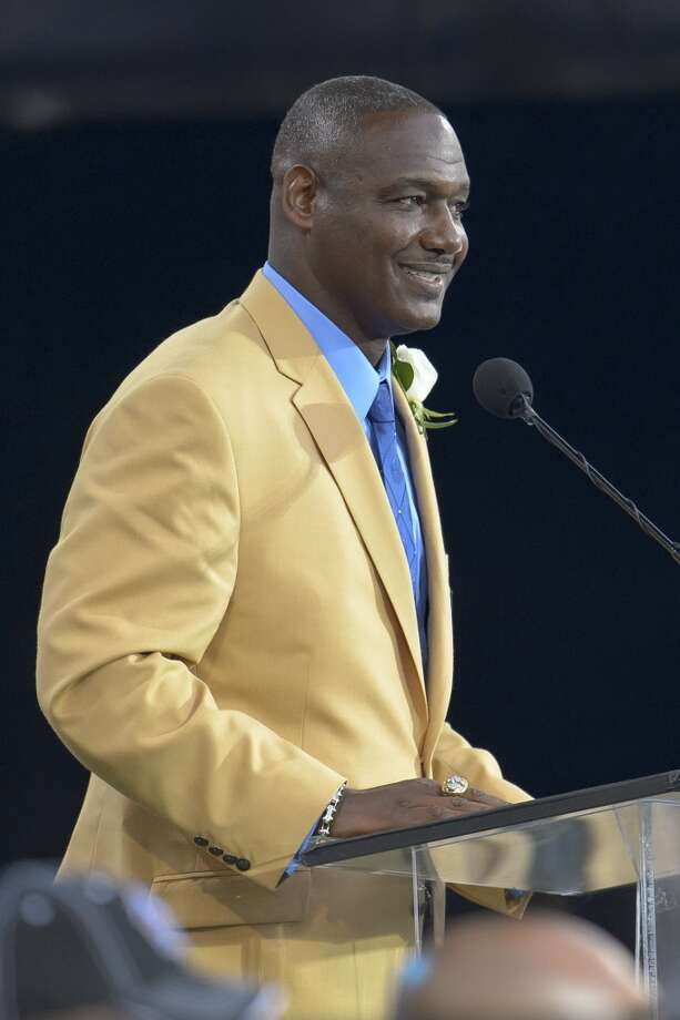 Former Tampa Buccaneers linebacker Derrick Brooksgives his speech during the NFL Class of 2014 Pro Football Hall of Fame Enshrinement Ceremony at Fawcett Stadium on August 2, 2014 in Canton, Ohio. Photo: Jason Miller, Getty Images
