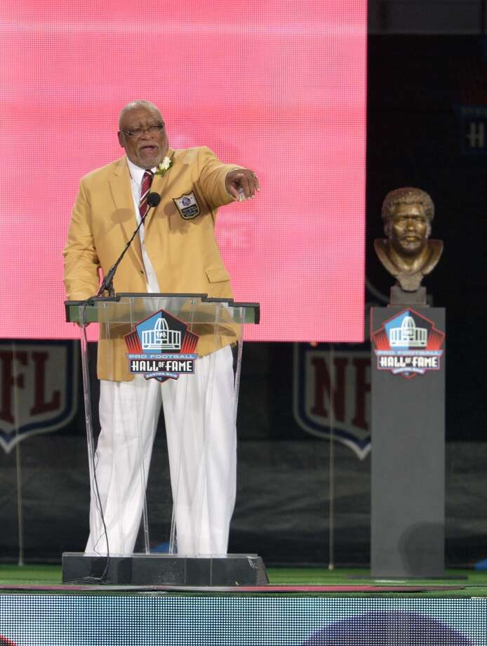 Hall of Fame Inductee Claude Humphrey speaks during the 2014 Pro Football Hall of Fame Enshrinement Ceremony at the Pro Football Hall of Fame Saturday, Aug 2, 2014 in Canton, Ohio. Photo: David Richard, Associated Press