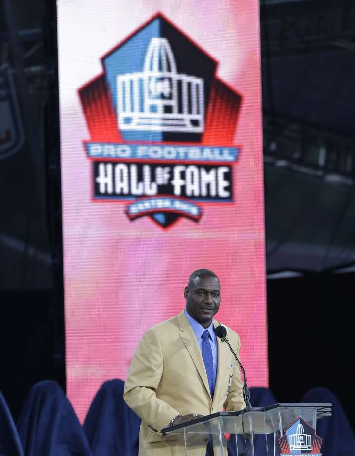 Hall of Fame Inductee Derrick Brooks speaks during the 2014 Pro Football Hall of Fame Enshrinement Ceremony at the Pro Football Hall of Fame Saturday, Aug. 2, 2014, in Canton, Ohio. Photo: Tony Dejak, Associated Press