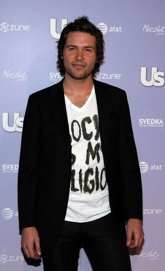 American Idol contestant Michael Johns arrives at the Us Weekly Hot Hollywood Hottest Style Makers Party held at Besco Restaurant on April 18, 2008 in Hollywood, California. Photo: Frazer Harrison, Getty Images / 2008 Getty Images