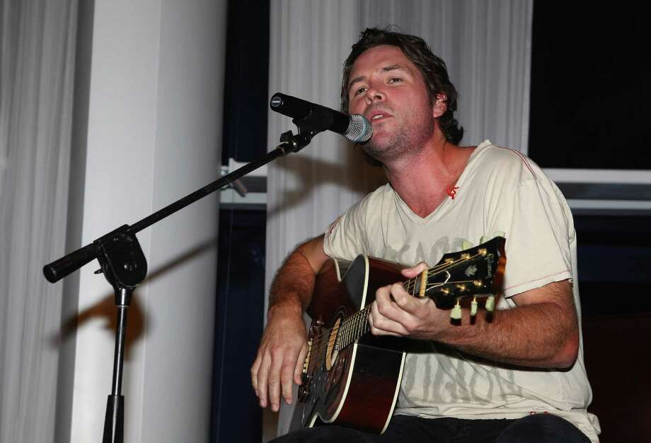 Michael Johns of American Idol sings after the Birdies for Breast Cancer Foundation Liberty Cup at Liberty National Golf Club on August 30, 2011 in Jersey City, New Jersey. Photo: Scott Halleran, Getty Images / 2011 Getty Images