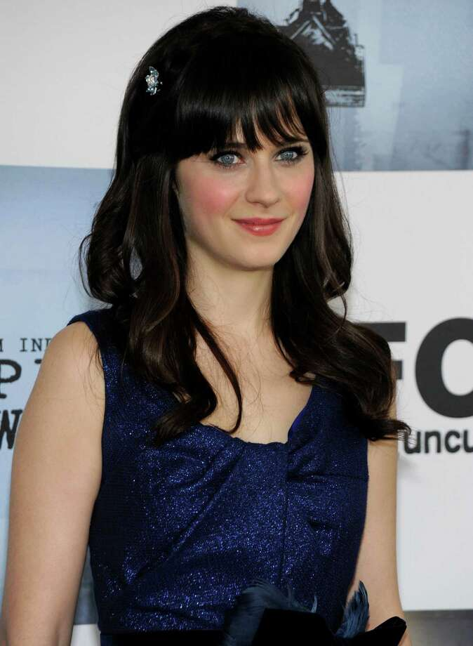 "Zooey DeschanelPortrays offbeat teacher Jess on Fox's ""New Girl"" Per episode salary: $125,000Source: Time.com  Photo: Dan Steinberg, AP / R-STEINBERG"