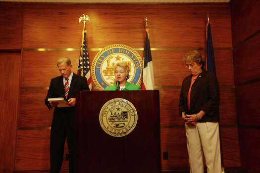 Houston City Attorney David Feldman, Mayor Annise Parker and Councilwoman Ellen Cohen announce Monday that opponents of the new non-discrimination ordinance did not get enough valid signatures to force a November repeal referendum. Photo: Johnny Hanson / Houston Chronicle