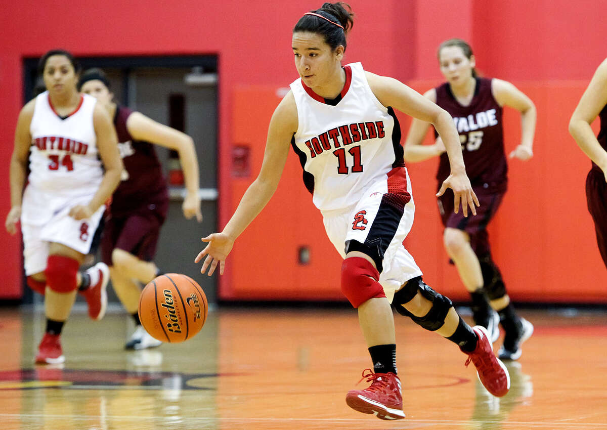 30. Dolores SulaicaSport: Girls basketball High school: Southside High School District: Southside I.S.D. Total compensation: $67,238