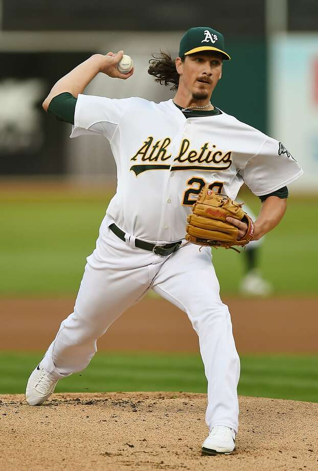 Oakland's Jeff Samardzija gave up two runs on five hits in his seven innings and got no decision. Photo: Thearon W. Henderson, Getty Images