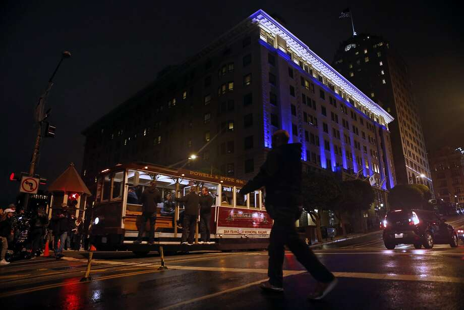 A street car heads back up California St. for a second take of an action scene during filming of Terminator: Genesis in San Francisco, Calif. on Monday, August 4, 2014. Photo: Scott Strazzante, The Chronicle