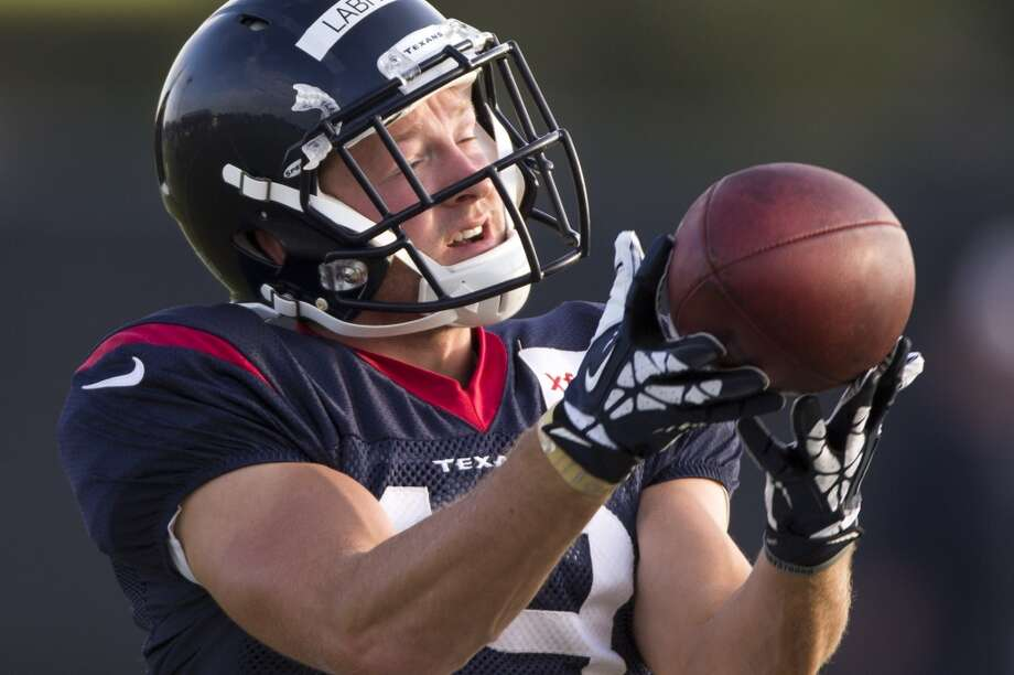 Wide receiver Travis Labhart reaches out to make a catch. Photo: Brett Coomer, Houston Chronicle