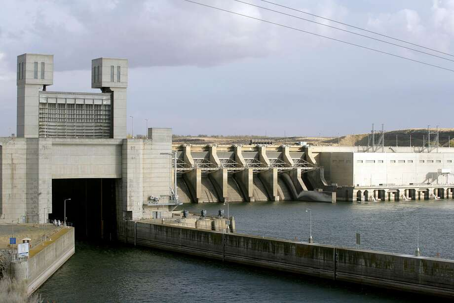 Ice Harbor Dam in Pasco, Wash., will now have to disclose pollutants it discharges into waterways. Photo: Jackie Johnston, Associated Press