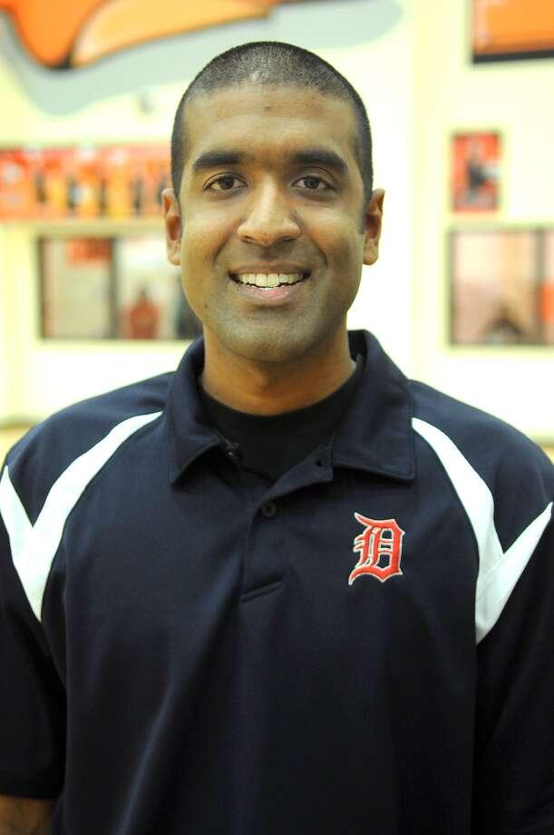 Jason Karim, Pearland Dawson Head Volleyball Coach Photo: Jerry Baker, Freelance