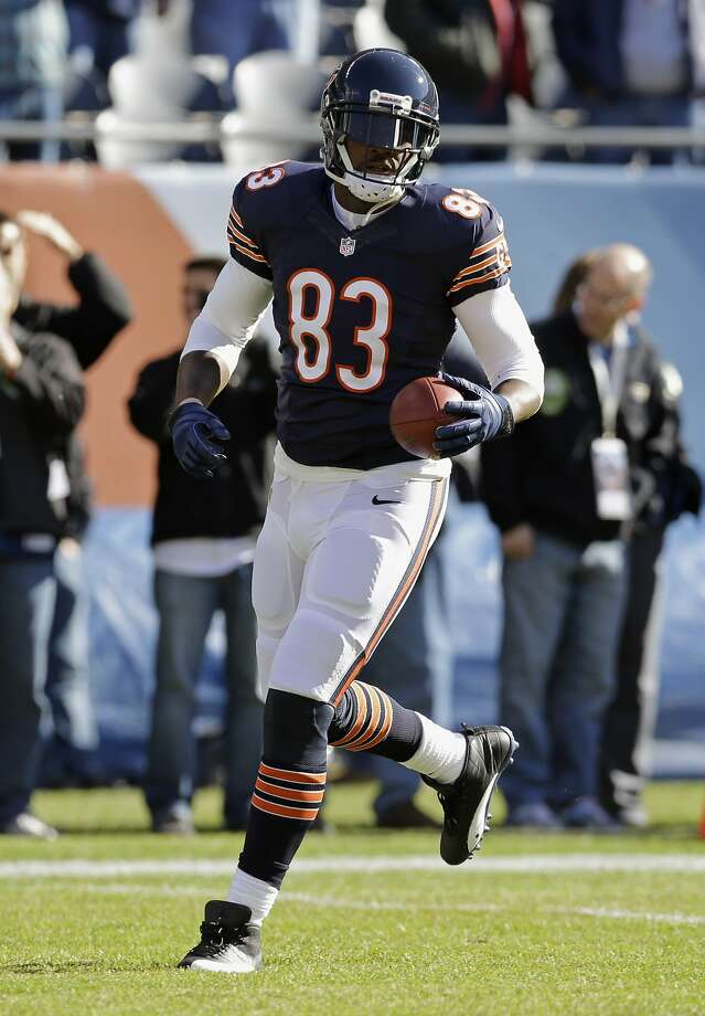 Chicago tight end Martellus Bennett has been suspended indefinitely after an altercation with cornerback Kyle Fuller. Photo: Nam Y. Huh, Associated Press
