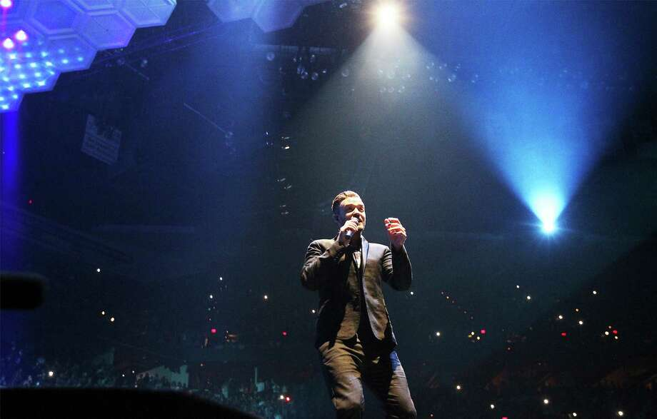 Singer Justin Timberlake performs at the AT&T Center as part of his 20/20 Experience World Tour on Tuesday, August 5, 2014. Photo: Kin Man Hui, San Antonio Express-News / ©2014 San Antonio Express-News