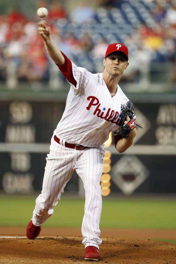 Kyle Kendrick pitches during the first inning. Photo: Matt Slocum, Associated Press