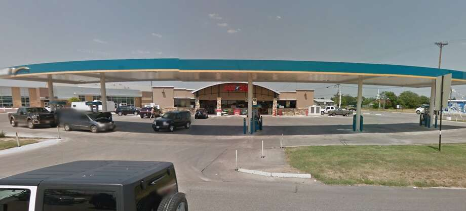 New Braunfels resident Ruben Cortez claimed a $1 million Powerball ticket sold at this Sac N Pac, located at 204 Loop 337 in New Braunfels, for a drawing held July 26. Photo: Google Maps