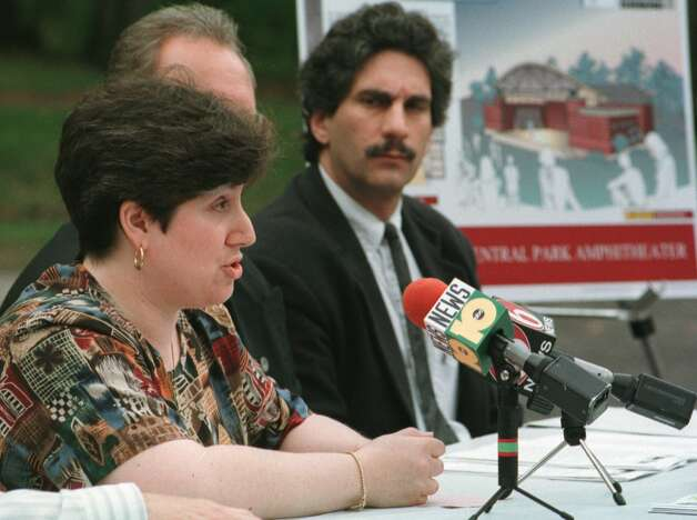 Times Union photo by: SKIP DICKSTEIN -- WEDNESDAY MAY 6, 1998 --  SCHENECTADY, NY -- MONA GOLUB GANZ SPEAKS ABOUT THE PROPOSED SCHENECTADY CENTRAL PARK AMPITHEATRE AT A PRESS CONFERENCE. THE PROJECT COULD COST AS MUCH AS 500K WHEN COMPLETED. Photo: SKIP DICKSTEIN / ALBANY TIMES UNION