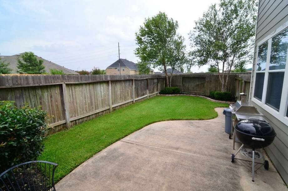 5659 Stonecloud: This 2006 home in Katy has 3 bedrooms, 2.5 bathrooms, 1,554 square feet, and is listed for $175,000. Photo: Houston Association Of Realtors