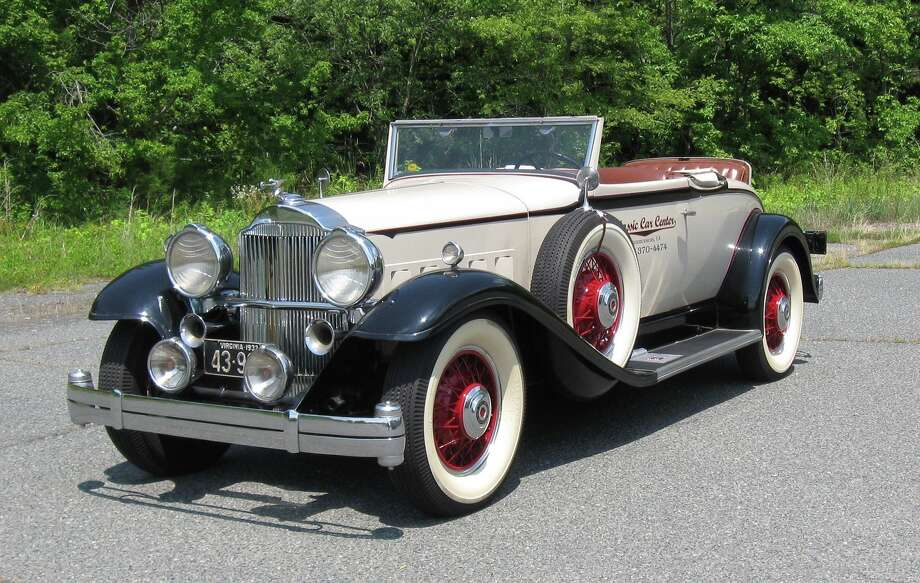 A jeweler was the second owner of this 1932 Packard. He restored it for his daily transportation.