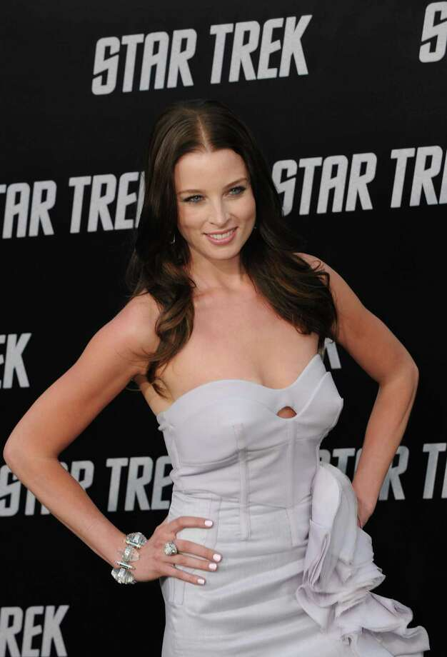 Rachel Nichols as Gaila the Orion 'Green Girl'  Star Trek Photo: MARK RALSTON, Getty Images  / 2009 AFP