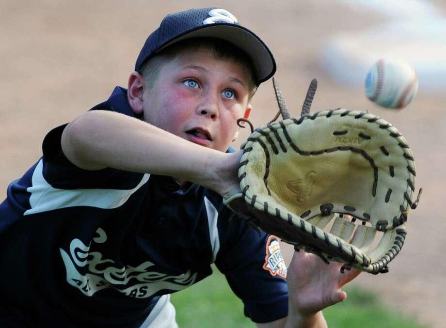 Baseball GlovesConnecticut, South Dakota, Kansas, Pennsylvania  Photo: Tyler Sizemore / The News-Times