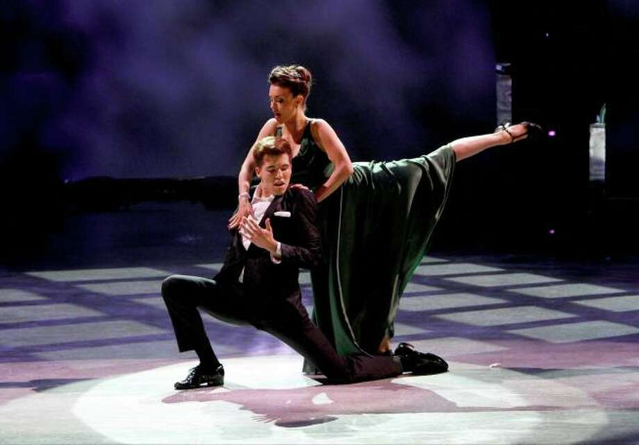 """SO YOU THINK YOU CAN DANCE: L-R: Top 10 contestant Casey Askew and all-star Kathryn McCormick perform a Broadway routine to """"Maybe This Time"""" choreographed by Spencer Liff on SO YOU THINK YOU CAN DANCE airing Wednesday, August 6 (8:00-10:00 PM ET/PT) on FOX. ©2014 FOX Broadcasting Co. Cr: Adam Rose / 1"""