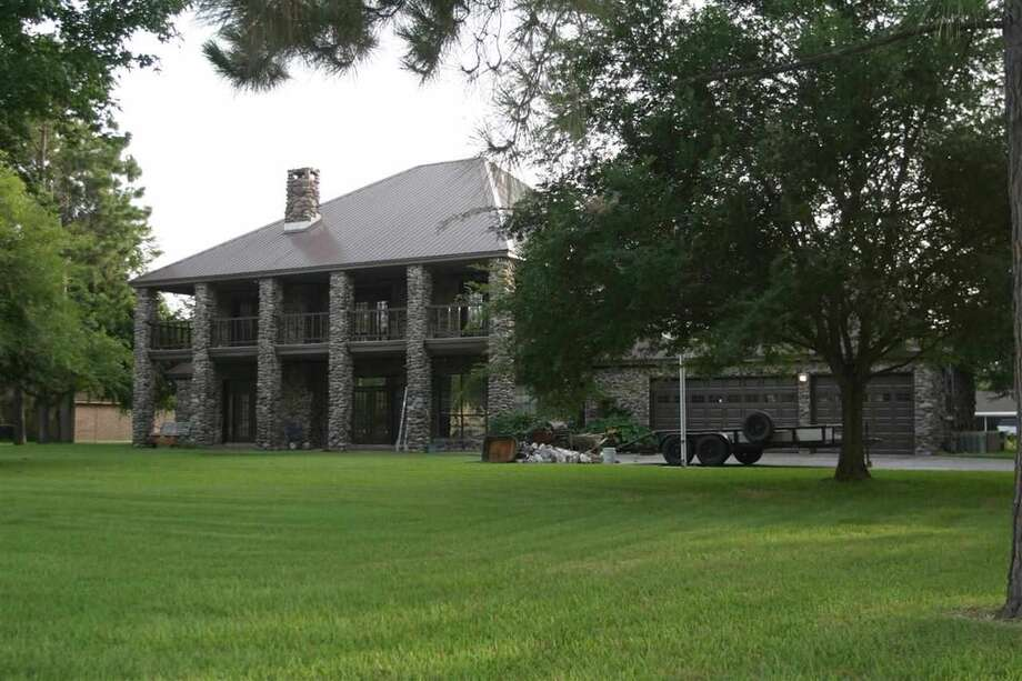 Million dollar listings in southeast texas beaumont for 3328 terrace nederland tx