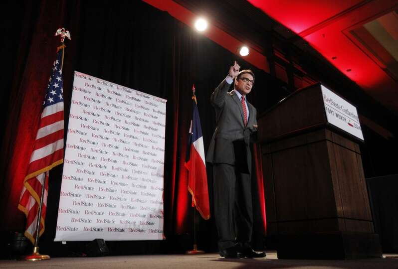 Texas Governor Rick Perry addresses a group of nearly 300 in attendance at the 2014 Red State Gather