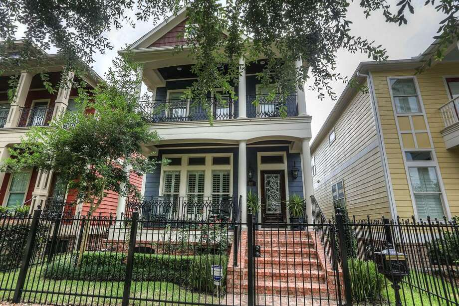 1217 Waverly: This 2005 home in Houston has 3 bedrooms, 2.5 bathrooms, 2,352 square feet, and is listed for $719,000. Open house: August 10, 2014 from 2 p.m. to 4 p.m. Photo: Houston Association Of Realtors