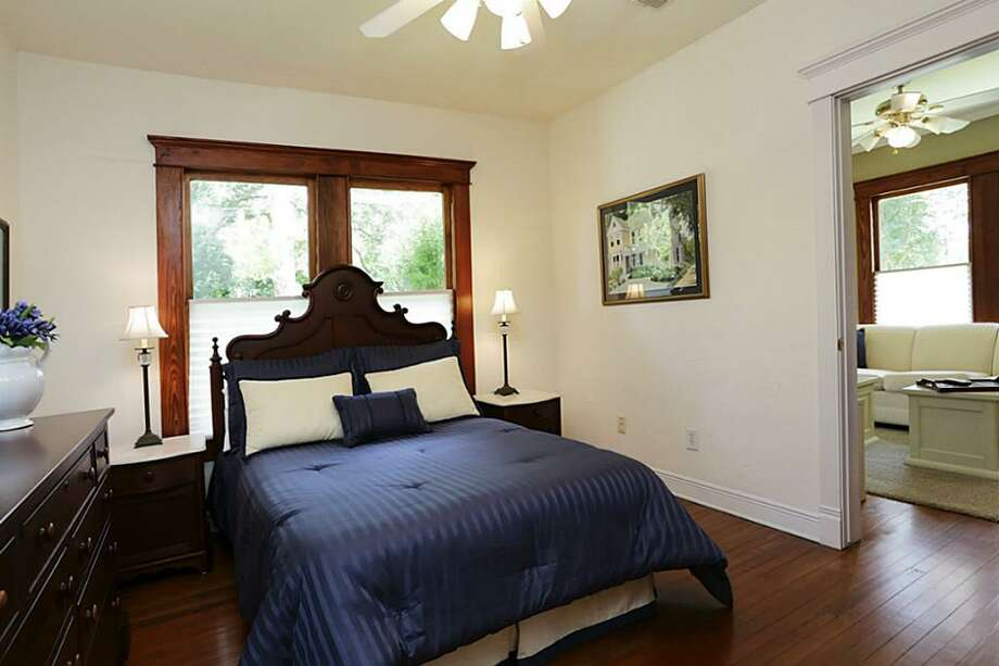 2717 N Sabine: This 1922 home in Houston has 4 bedrooms, 3 bathrooms, 2,560 square feet, and is listed for $832,000. Open house: August 10, 2014 from 2 p.m. to 4 p.m. Photo: Houston Association Of Realtors