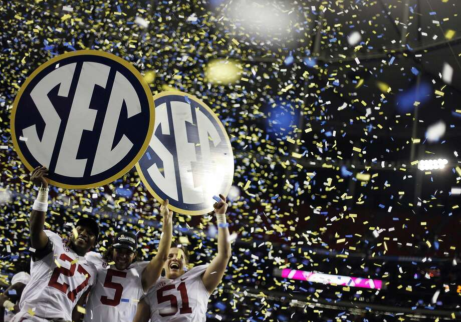 New rules will give the Southeastern and other major college sports conferences greater dominance than they already exert. Photo: David Goldman, Associated Press
