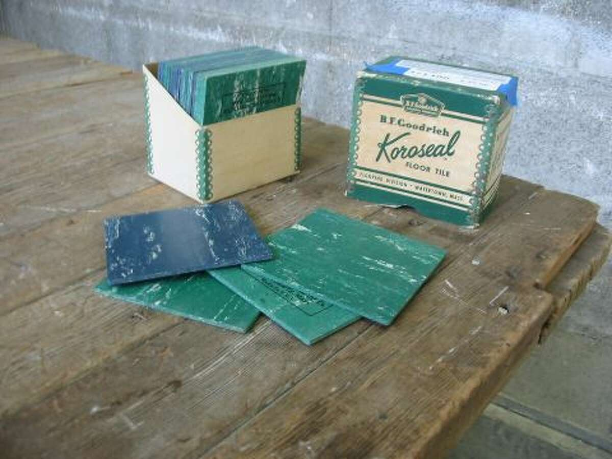 """""""This is a sweet old boxed set of KOROSEAL floor tile samples by B.F. Goodrich. These tiles likely contain asbestos, and there are only two colors, but what a cool ephemeral set."""" Price: $25."""