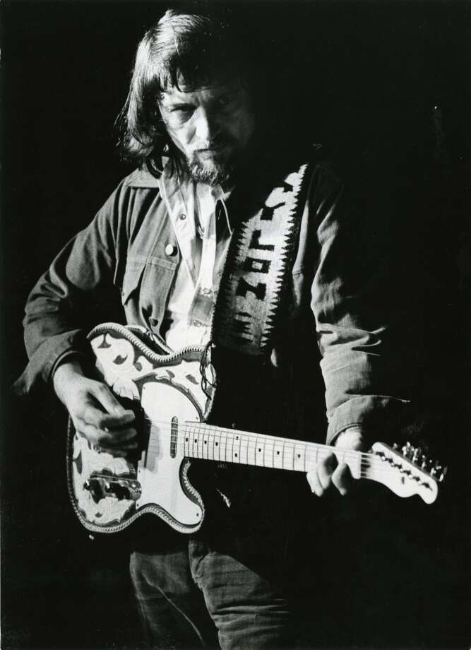 Waylon Jennings at Liberty Hall, August 28, 1975.  Blair Pittman / Houston Chronicle Photo: Blair Pittman, Houston Chronicle