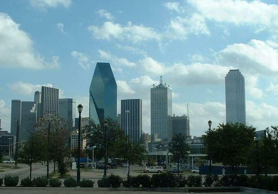 10. DallasOdds of being a victim of violent crime: 1 in 148 inhabitantsCommute time: 25.1 minutesAverage hours worked per week: 39.6 hoursPercentage of divorcees: 9.6 percent of males, 12.9 percent of femalesPercentage of income spent on housing: 25.5 percent