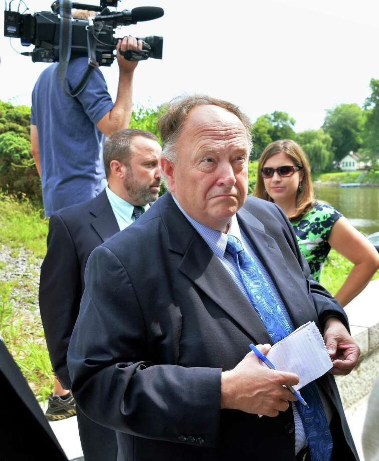 Veteran NewsChannel 13 reporter Bill Lambdin on assignment Friday, Aug. 8, 2014, in Mechanicville, N.Y.  (John Carl D'Annibale / Times Union) Photo: John Carl D'Annibale
