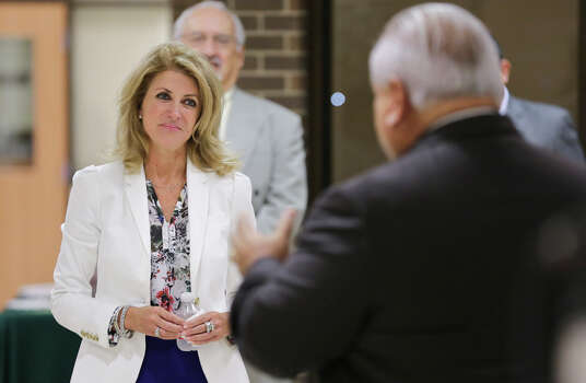 Laredo Community College President Dr. Juan L. Maldonado, right, welcomes Texas state Senator Wendy Davis to the newly reopened Lerma Pena Building at LCC Fort McIntosh Campus on Saturday morning. Photo: Victor Strife / LAREDO MORNING TIMES