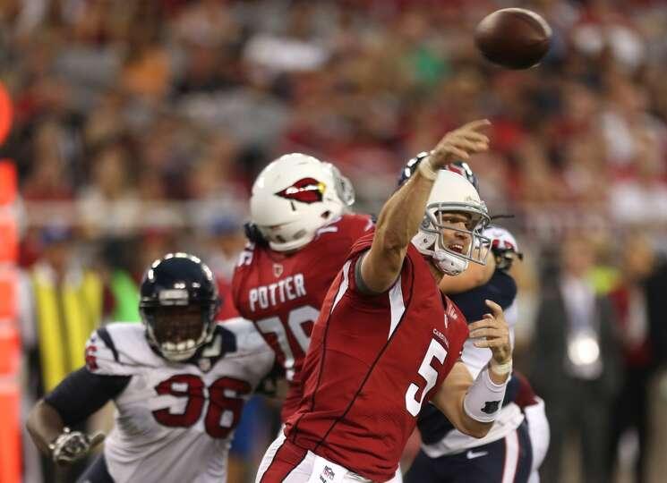 Arizona Cardinals quarterback Drew Stanton (5) throws a pass against the Houston Texans during the s