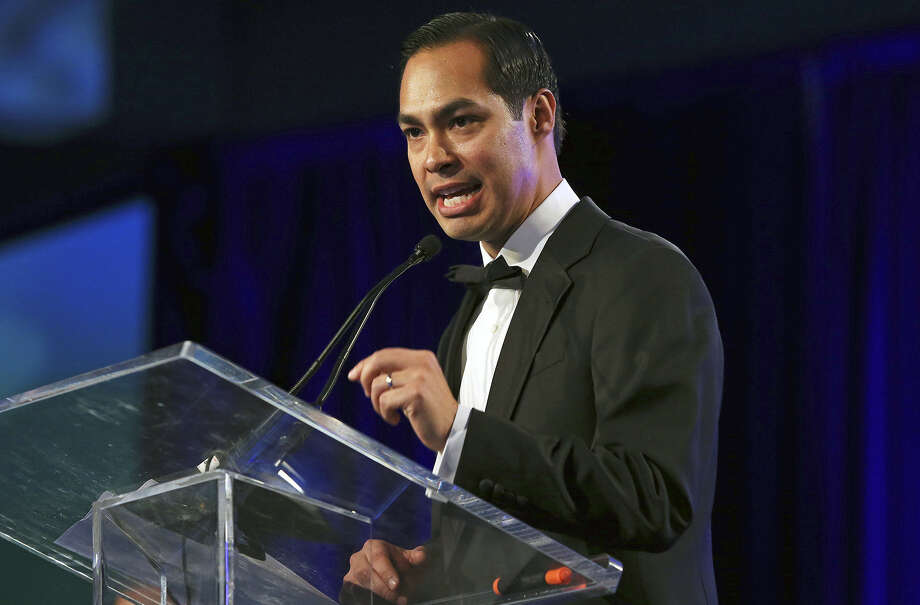 Former Mayor Julián Castro, now the secretary of Housing and Urban Development, addressed the National Association of Hispanic Journalists convention at the Marriott Rivercenter hotel. Photo: Tom Reel / San Antonio Express-News