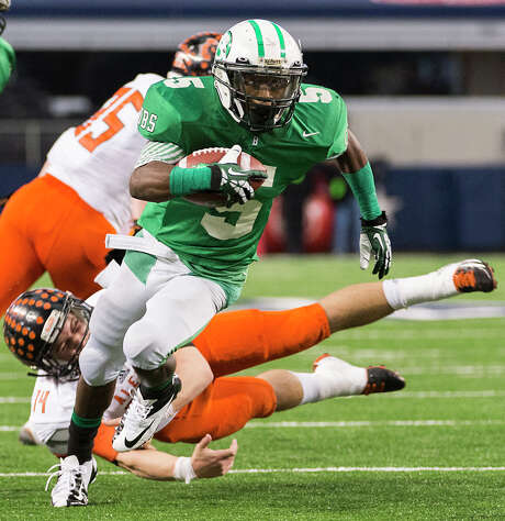 Brenham running back  Earnest Patterson rushed for a school-record 2,439 yards and scored 25 touchdowns last season as junior. Photo: Smiley N. Pool, Staff / © 2013  Houston Chronicle