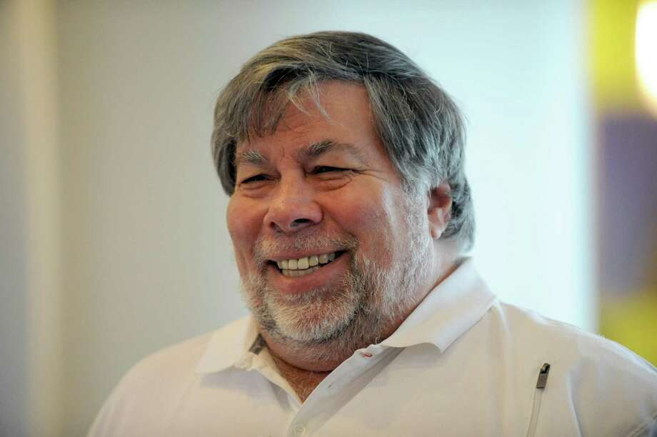 "Apple Computer co-founder Steve Wozniak tours Albany NanoTech in Albany, NY Wednesday Sept. 5, 2012. Wozniak said "" If I was in college this is where I would want to go to school"". (Michael P. Farrell/Times Union) Photo: Michael P. Farrell / 00019143A"