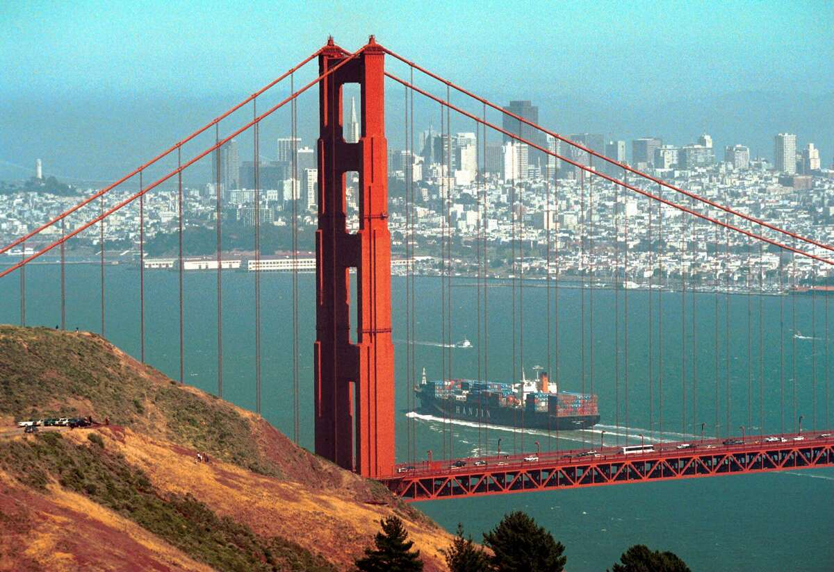 No. 2: San Francisco, CA Overall score: 92.1 Residents who get 7+ hours of sleep: 45% Residents who get good quality sleep: 56% Residents who live in a peaceful environment: 82%