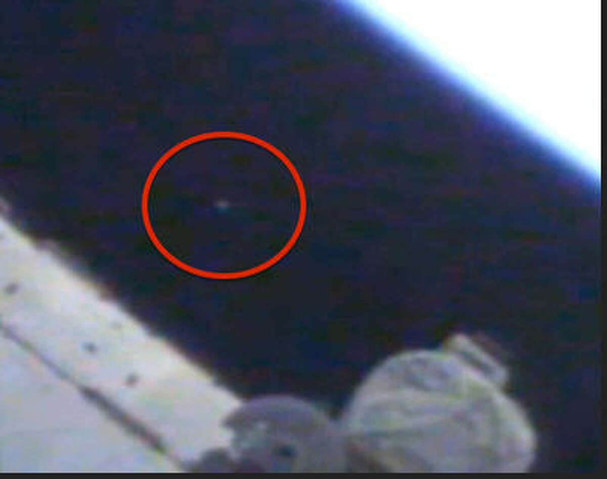 """This """"UFO"""" was seen on NASA's live webcam Aug. 4, 2014, according to UFO Sightings Daily blogger Scott Waring. (Photo: UFO Sightings Daily via NASA)"""