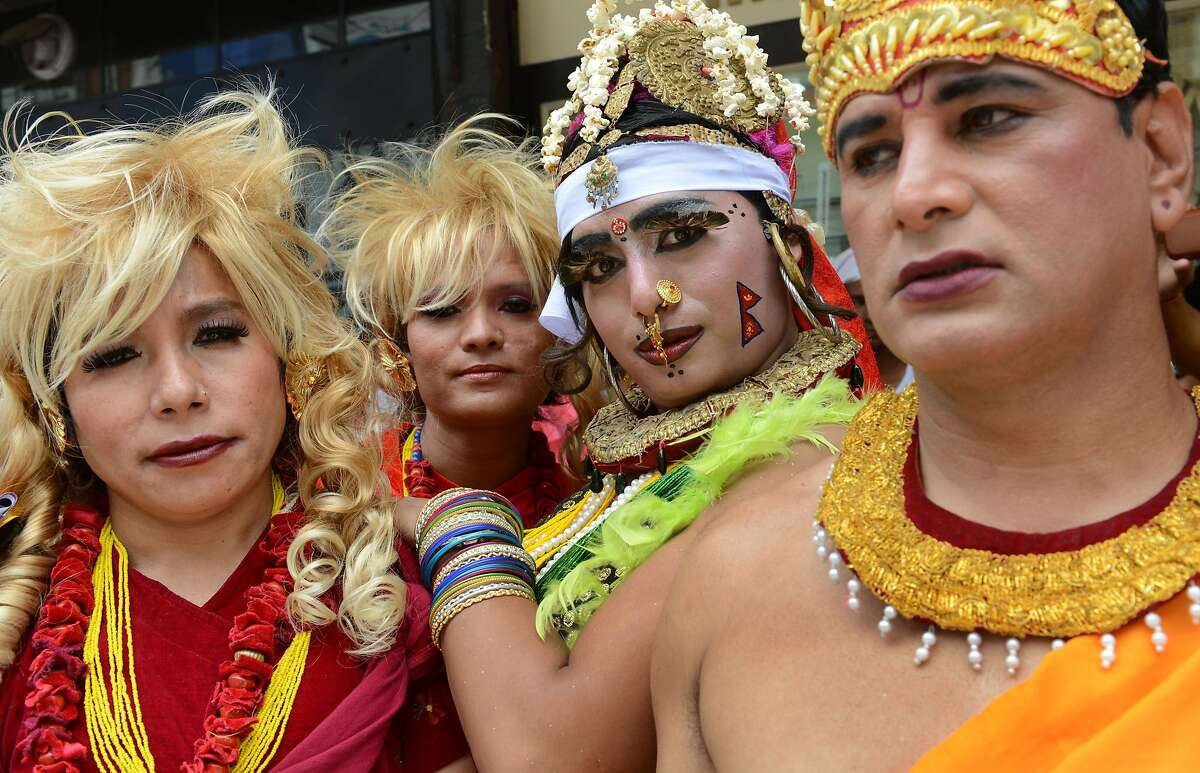 Nepal gay parade to enshrine lgbt rights in constitution