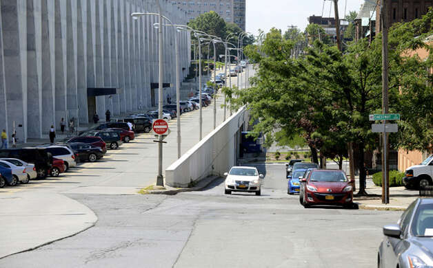 South Swan St. showing the Empire State Plaza and Center Square sides of the road Monday, Aug. 11, 2014, in Albany, N.Y. (Will Waldron/Times Union) Photo: WW, Albany Times Union / 00028122A