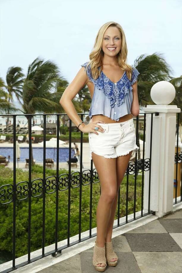 BACHELOR IN PARADISE:  SARAH HERRON, Dallas Sean's season (Buster) Photo: Bob D'Amico, ABC / © 2014 American Broadcasting Companies, Inc. All rights reserved.