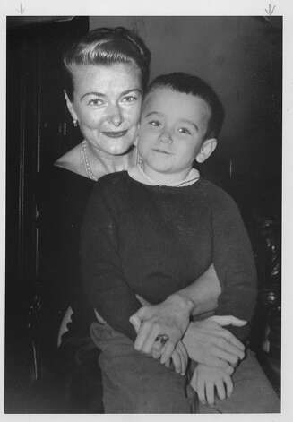 Robin Williams, as a 7 year old, with his mother Laurie Williams.