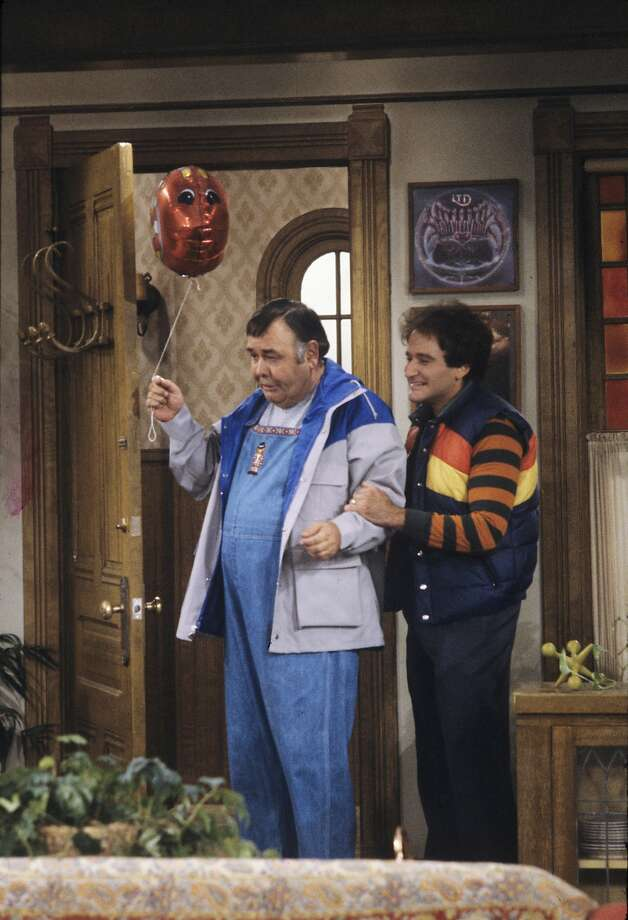 "During the final season of ""Mork and Mindy,"" Robin Williams teams up with his idol, ground-breaking comedian Jonathan Winters, who was cast as Mork's child. Photo: ABC Photo Archives, ABC Via Getty Images"