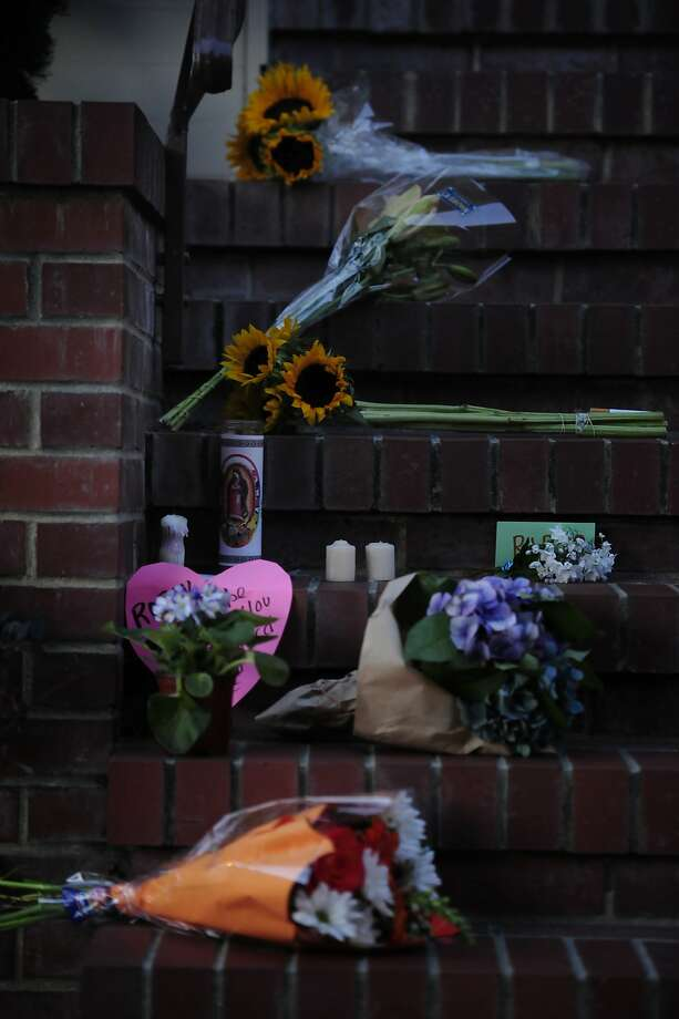 Flowers and letters line the steps of the Mrs. Doubtfire house on August 11, 2014 in San Francisco, CA. Robin Williams was found dead this morning in his Tiburon home. Photo: Craig Hudson, The Chronicle