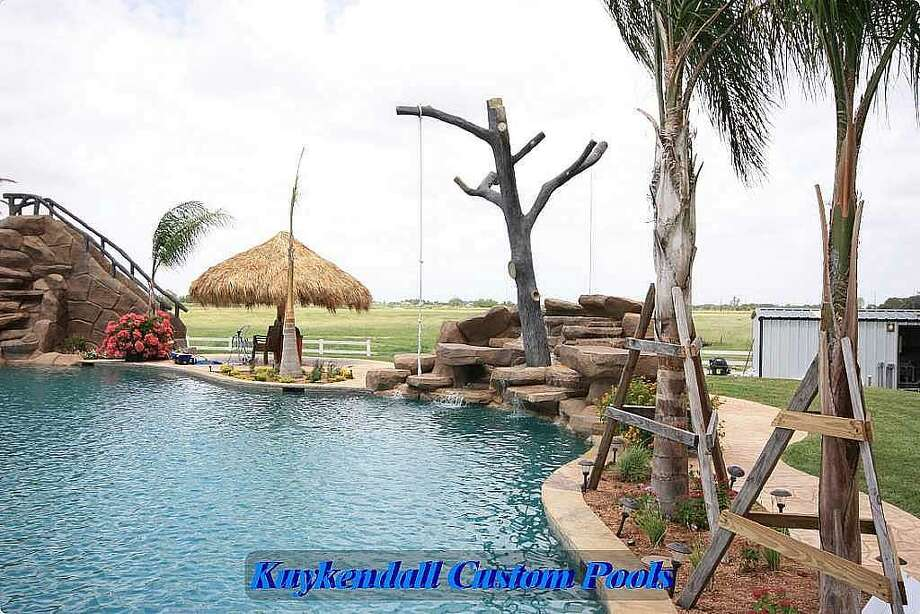 World 39 S Largest Residential Pool Houston Chronicle