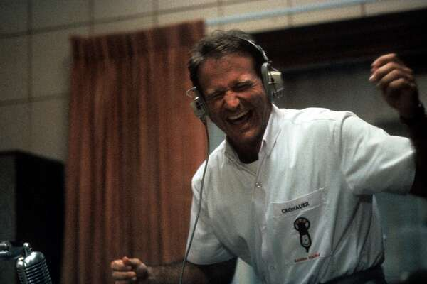"2.  ""Good Morning, Vietnam"" (1987):     A superb mix of Williams' ability to be both funny and heartfelt, in a film about an irreverent armed services radio deejay during the Vietnam war."