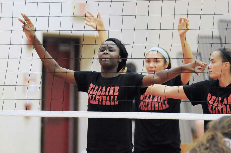 Bellaire players Maya Evana, from left, Brianna Kelly and Claire Smith scrimmaged Katy last week. Photo: Copyright Tony Bullard 2014, Freelance Photographer / Copyright 2014 Tony Bullard & the Houston Chronicle